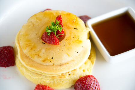 caramelized: Pancake With caramelized pineapple and maple syrup