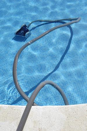 pool cleaning Standard-Bild