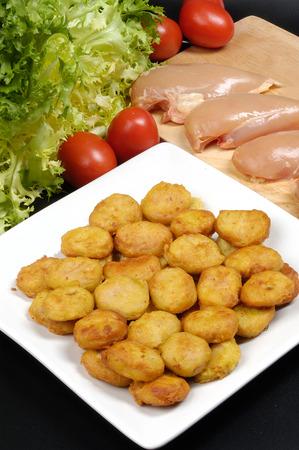 nuggets pollo: nuggets de pollo de comida r�pida