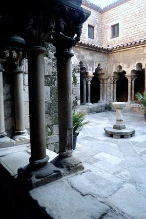 romanesque: Romanesque cloister of the Church of Sant Pau del Camp in Barcelona, Catalonia, Spain Stock Photo