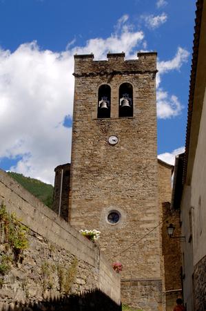 perdido: Broto, Church, Ordesa and Monte Perdido; National Park, Pyrenees, Huesca, Aragon, Spain