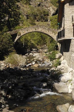 romanesque: Romanesque bridge of  Tavascan, Lleida province, Catalonia, Spain