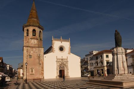 ribatejo: Church of Saint John the Baptist and Republic Square, Tomar, Estremadura, Ribatejo, Portugal