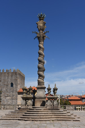 law of portugal: Medieval pillory, symbol of justice, the square in front of Cathedral Porto, Portugal.