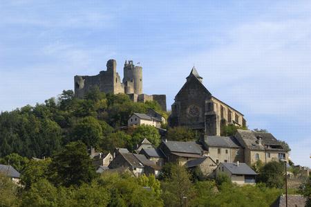 Kasteel en kerk van Najac, Aveyron, Frankrijk