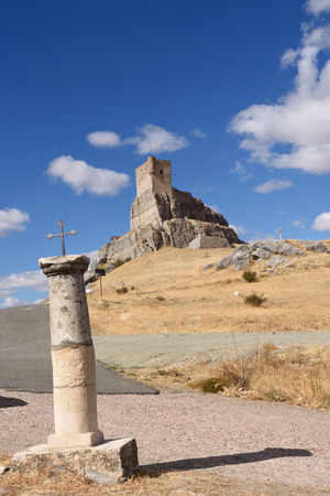 mancha: Homenaje tower of  Castle Atienza, medieval fortress of the twelfth century (Route of Cid and Don Quixote) Guadalajara province, Castilla-La Mancha, Spain.