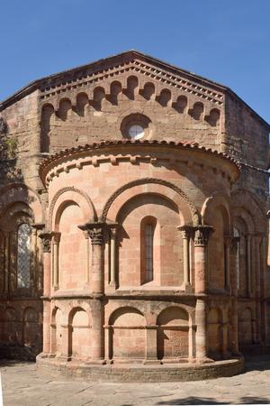 sant joan de les abadesses: Abside of the romamesque monastery of Sant Joan de les Abadesses, Ripolles, Girona province, Catalonia, Spain