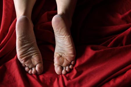 足の角質の女性
