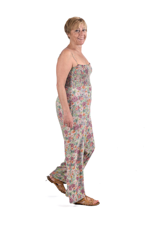 woman walking on white background 版權商用圖片
