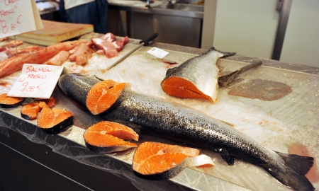 Sale of salmon at the fish market Stock Photo - 21164424