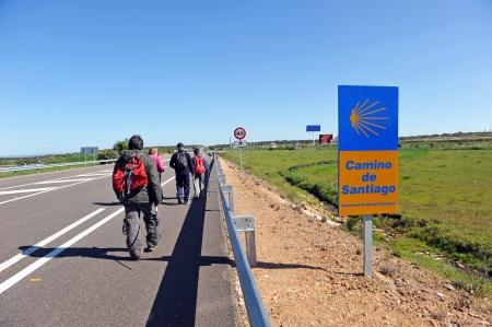 Grupo de peregrinos del Camino de Santiago, España