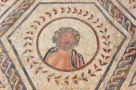 j�piter: Mosaico romano, J�piter, Zeus, ciudad romana de It�lica, Espa�a