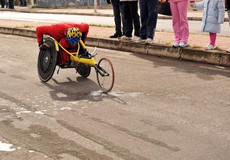 drawback: Handicapped athlete running marathon