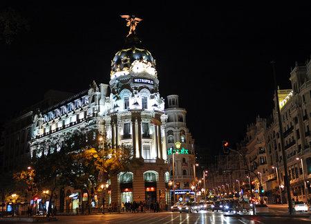 gran via: Metropolis Building, Gran Via and Alcala street, Madrid, Spain Editorial
