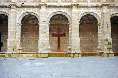 orden: Cloister of the monastery church of Santiago, Calera de Leon, Province of Badajoz, Extremadura, Spain Stock Photo