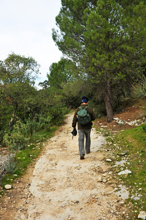camino de santiago: Hiker, Mozarabic Camino de Santiago, Cerro Muriano, Province of Cordoba, Andalusia, Spain Stock Photo