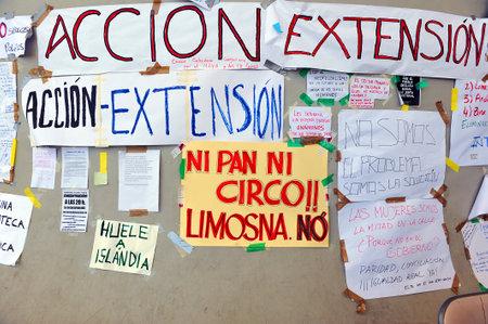 reclamos: Manifiestos y pancartas, expresi�n popular, afirma la gente
