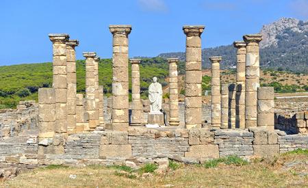 ローマのモニュメント、大聖堂の Baelo クラウディア、タリファ、スペイン カディス県 写真素材