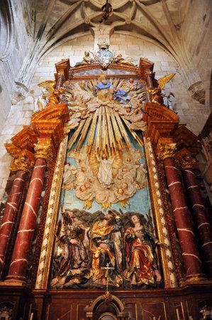 retablo: Alba Capilla, gran retablo religioso, Catedral de Santiago de Compostela, Galicia, Espa�a Editorial