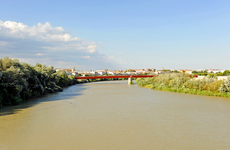 miraflores: Panoramic view of the Guadalquivir River in Cordoba, Spain