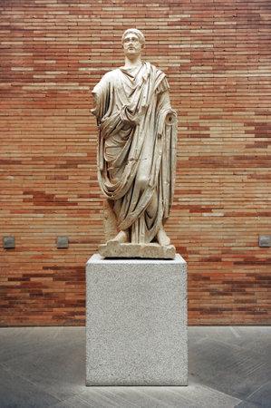 ローマの市民権、メリダ、バダホス県、エストレマドゥーラ州、スペインの彫刻 報道画像