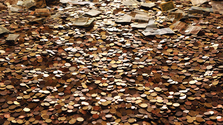 heap of role: Coins and banknotes, economy
