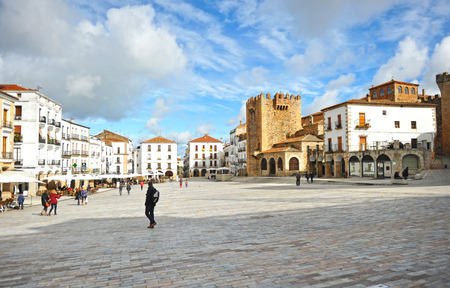mayor: Plaza Mayor,  the main square, Bujaco tower, Caceres, Extremadura, Spain