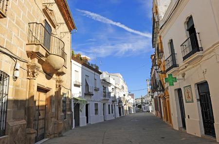 main street: Main street, Cazalla de la Sierra, nella provincia di Siviglia, Andalusia, Spagna Archivio Fotografico