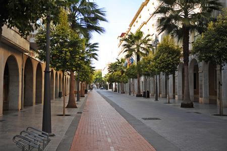 bike lane: Avenue Martin Alonso Pinzon, bike lane, Huelva, Spain