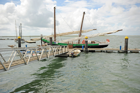 bon: Caique Bon Sucesso, Historic fishing boat, Olhao, Algarve, Portugal