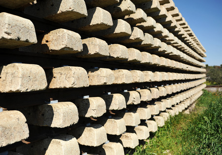 obsolete: Concrete sleepers, railway material obsolete Stock Photo