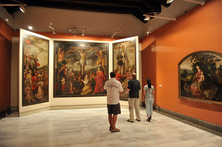 fine arts: Visitors, the Museum of Fine Arts of Seville, Andalusia, Spain