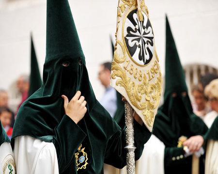 fraternidad: Semana de Pascua en Sevilla, Hermandad de la Esperanza, Triana, Andaluc�a, Espa�a Editorial