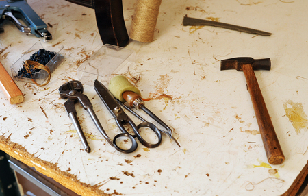 upholsterer: Working tools, workshop of the upholsterer