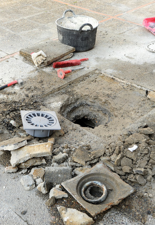 dwelling: Repair the sinkhole of the terrace of a dwelling