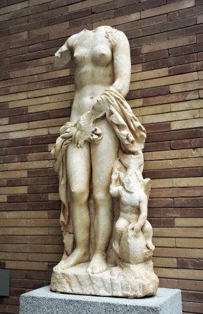 escultura romana: Venus, escultura romana, M�rida, Espa�a Editorial