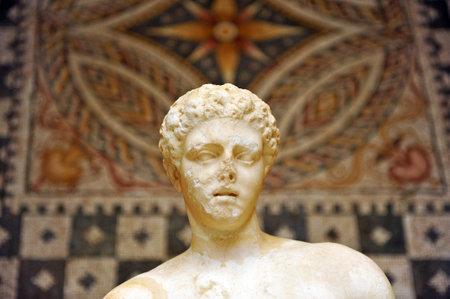 escultura romana: Roman sculpture and mosaic, Merida, Extremadura, Spain Editorial
