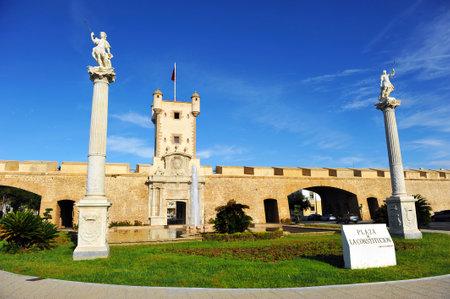 Puerta de Tierra, Earth Gate, ramparts of Cadiz, Andalusia, Spain