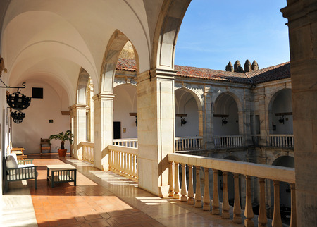 donjon: Patio of the castle of the Dukes of Feria in Zafra, Extremadura, Spain