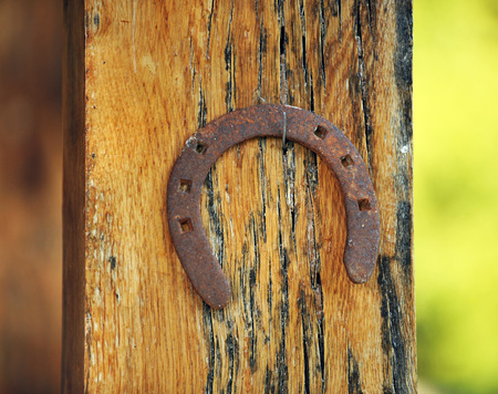 lintel: Horseshoe of good luck at the entrance of the house