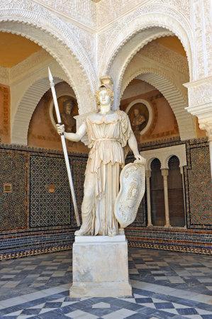 Athena, escultura romana en la Casa de Pilatos, Sevilla, Andalucía, España Editorial