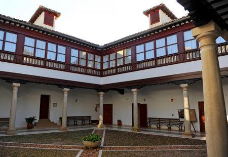 almagro: Yard of the Palace of the Counts of Valparaiso, Almagro, Castilla la Mancha, Spain