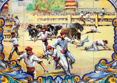 팜 플로 나, 스페인에서 샌 Fermin의 축제 기간 동안 황소에 의해 실행하는 남자 스톡 콘텐츠