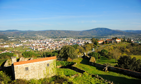 View of Verin from the castle of Monterrei, province of Ourense, Galicia, Spain. Banque d'images