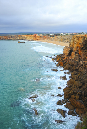 Cliff of Tonel Beach. Sagres, beaches of Algarve Region, South of Portugal Banque d'images - 106708305