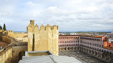 Panoramic view of Badajoz. Alcazaba towers and High Square (Plaza Alta) at background. Tourism in Extremadura, Spain Banque d'images - 106712296