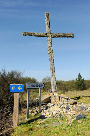 Wooden cross on the Camino de Santiago near Cerdedelos, Camino Sanabres from Campobecerros towards Laza, Orense province, Spain