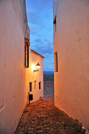 Castellar de la Frontera (Old Castellar) at night, a picturesque village in the Alcornocales Natural Park, province of Cadiz, Spain Standard-Bild