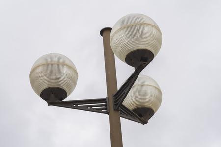 triple: Triple lamppost.