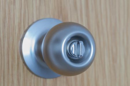 handle: Handle.